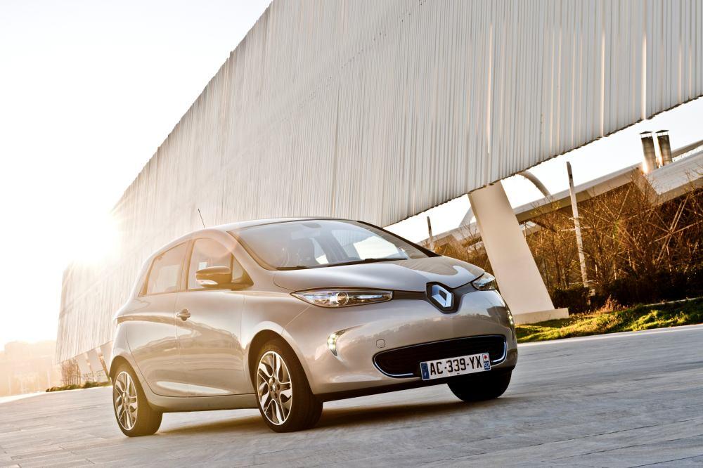 Elektrikli araba Renault ZOE kaç lira fiyatla Türkiye'de ...