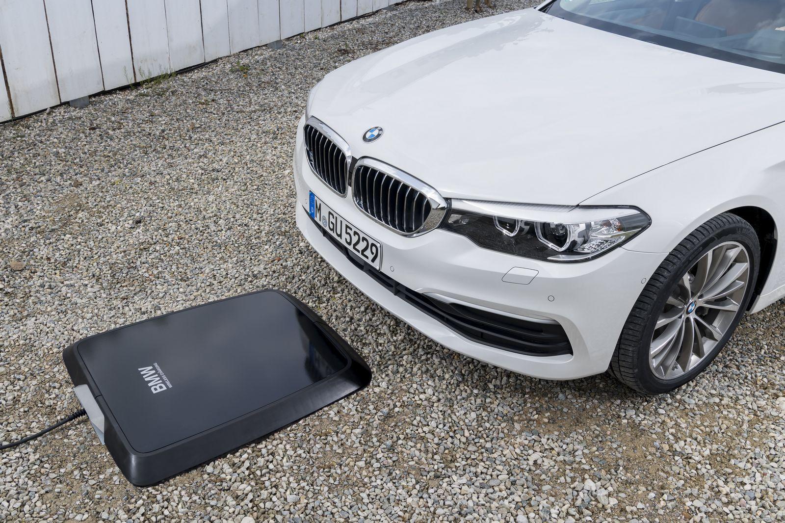 BMW, 530e iPerformance Modelini Yayınladı